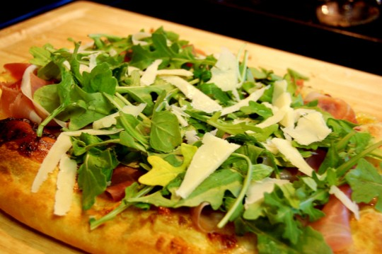 pioneer woman fig proscuitto parmesan arugula pizza