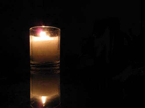 yartzheit candle